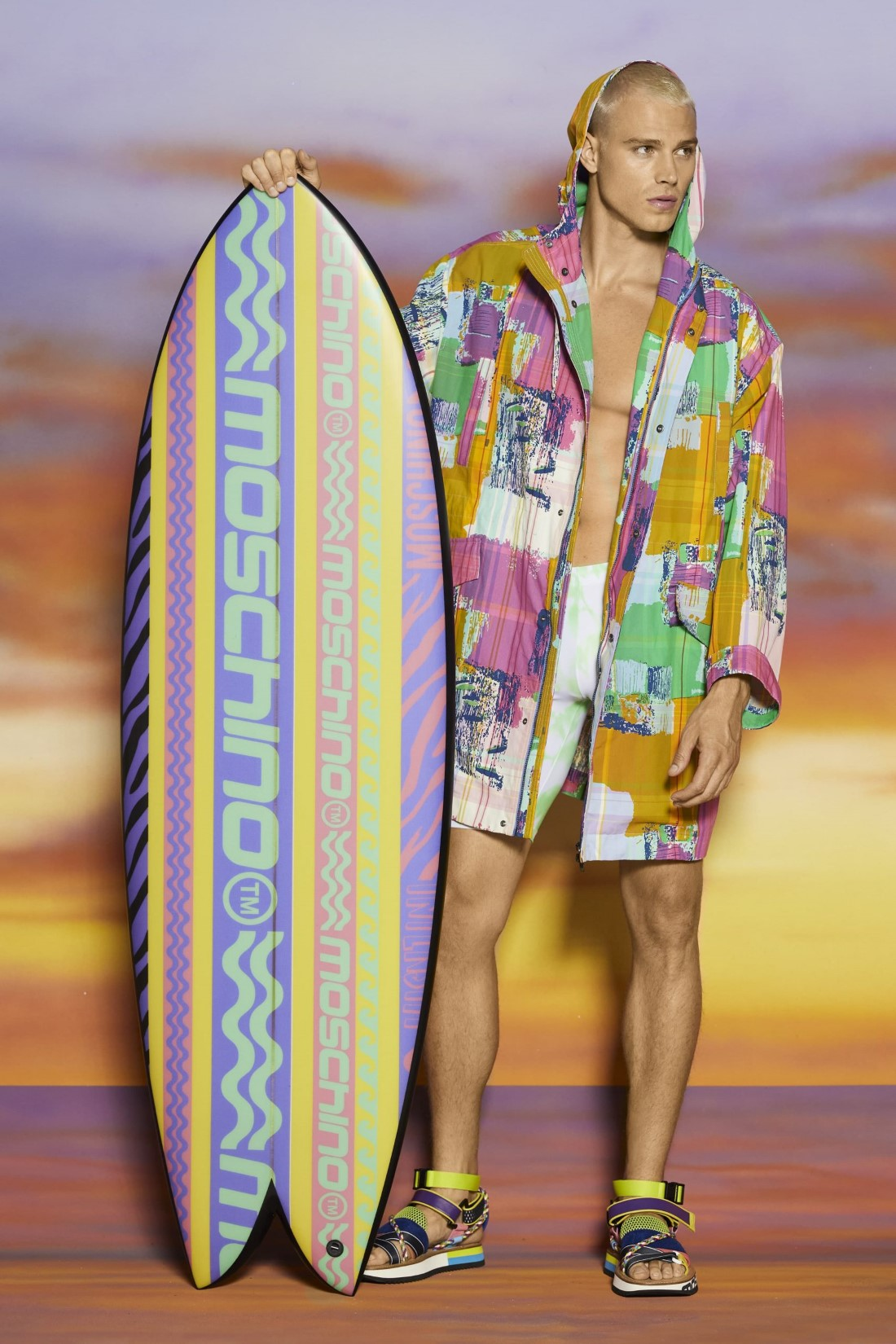 Moschino Collection Croisière Homme 2022