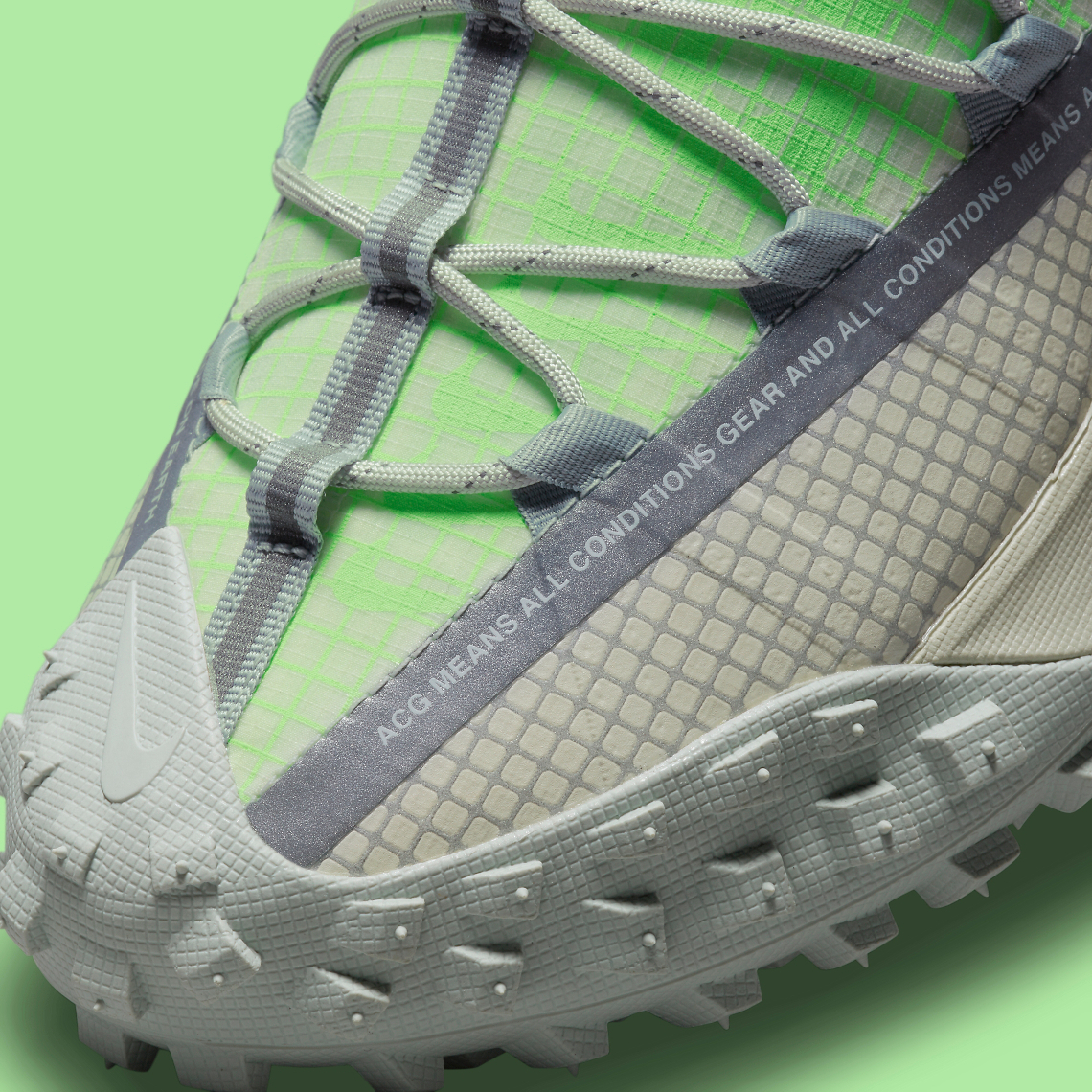 "Nike ACG Mountain Fly ""Sea Glass-Lime Blast"""