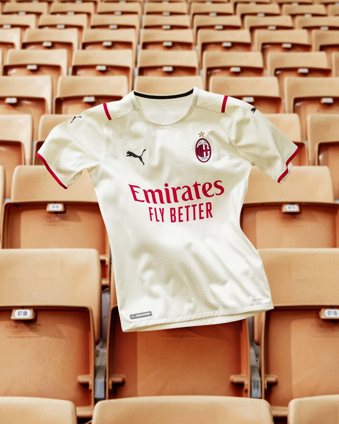 PUMA Football x AC Milan - Kit Extérieur 2021-2022
