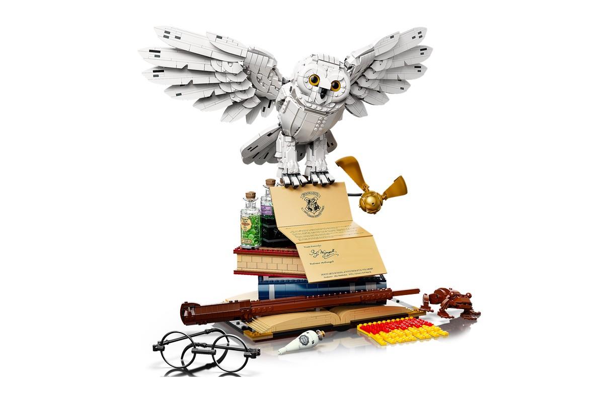 LEGO x Harry Potter Hogwarts Icons Collectors' Edition Set