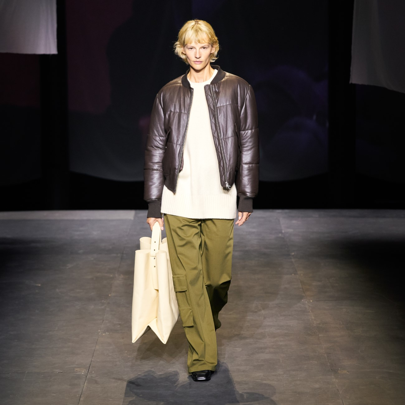 COS - Automne-Hiver 2021-2022 - London Fashion Week