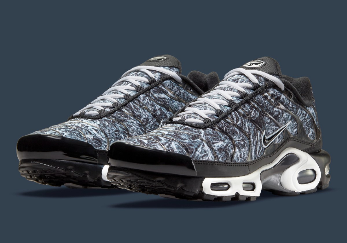 """Nike Air Max Plus Camouflage """"Midnight Navy"""""""