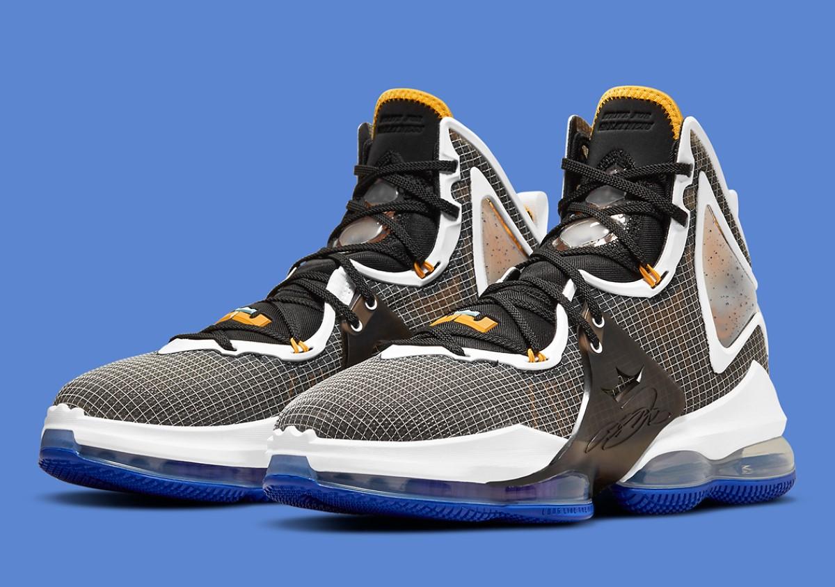 "Nike LeBron 19 ""Hardwood Classic"""