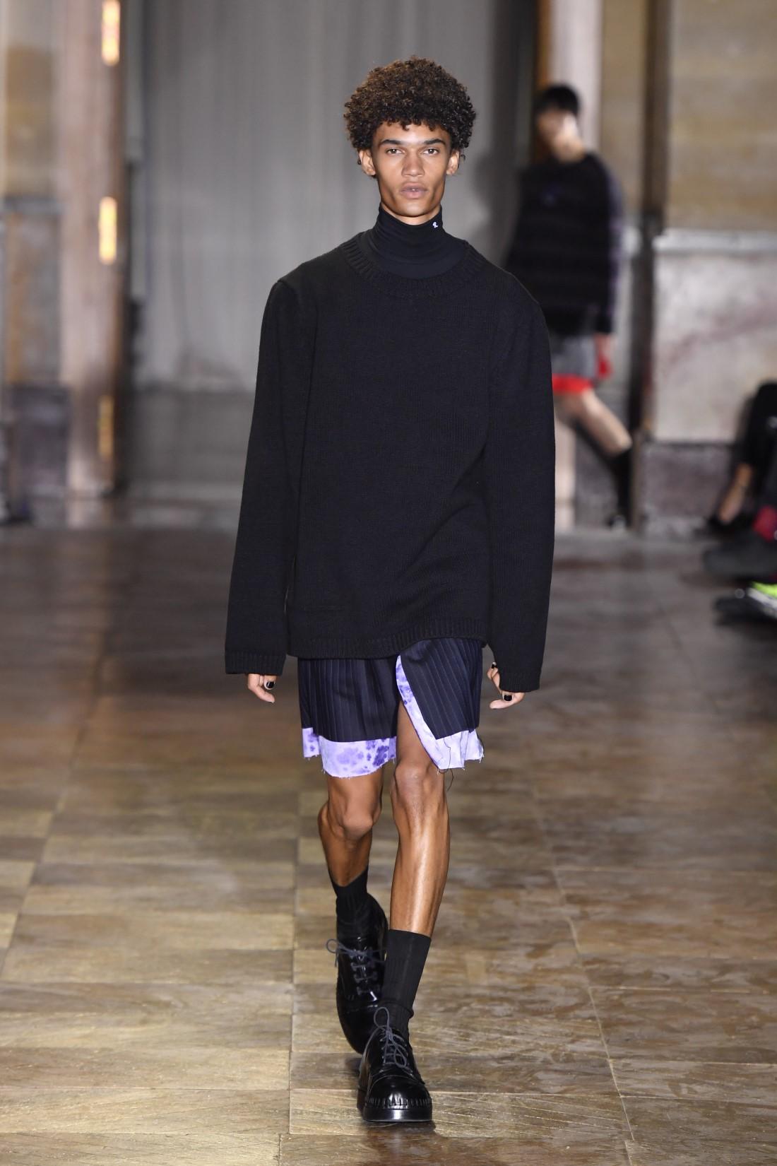 Raf Simons - Printemps-Été 2022 - Paris Fashion Week