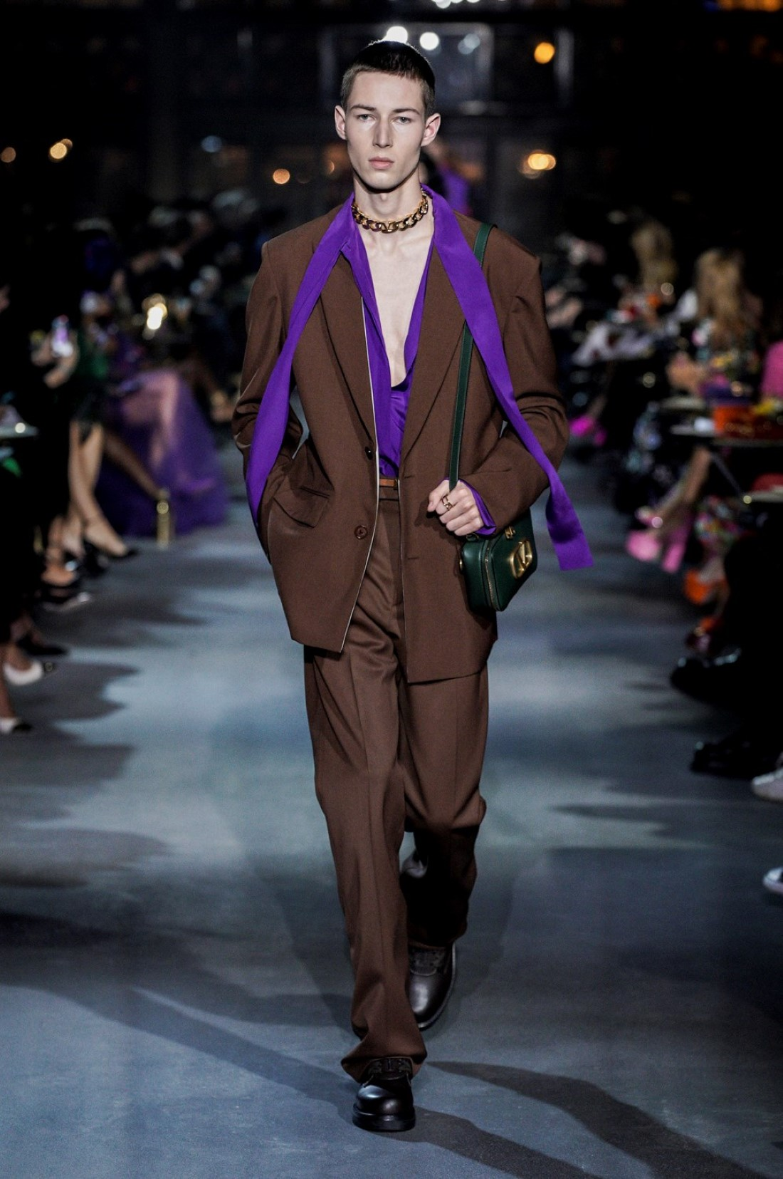 Valentino - Printemps-Été 2022 - Paris Fashion Week